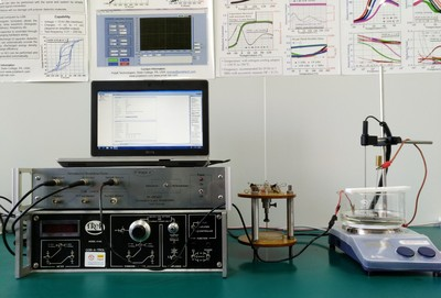 Ferroelectric hysteresis loop and dielectric breakdown test system